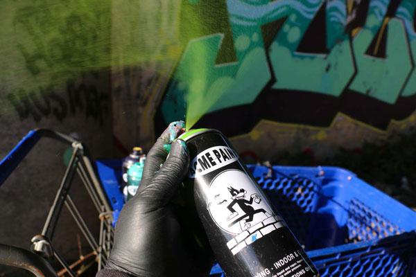 Acme 02 Spray